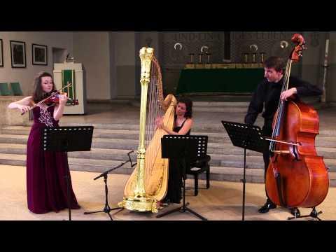 Shostakovich - 5 Pieces - II Gavotte